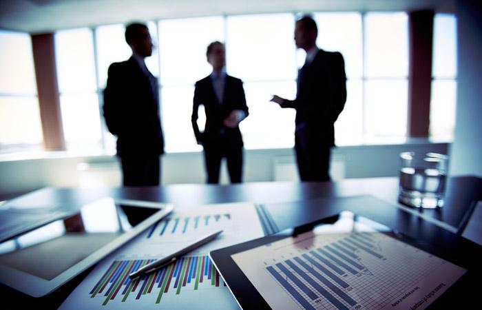 Полезные навыки для инвестора, который намерен принять участие в спортивных фэнтези играх, турнирах и состязаниях по футболу, бейсболу или хоккею.