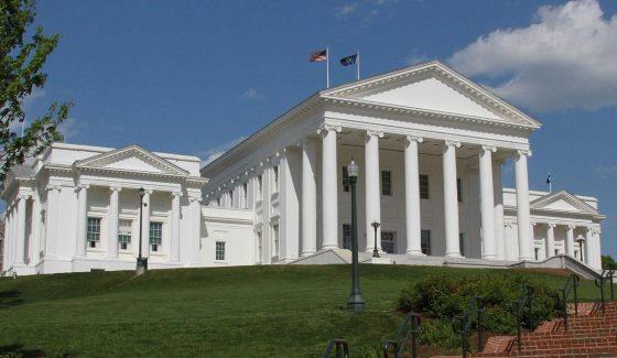 Сенат штата Вирджиния одобрил законопроект о регулировании операторов ежедневного фэнтези-спорта.