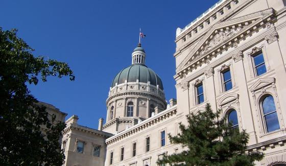 Вторым штатом, принявшим закон о регулировании фэнтези-спорта в США, стала Индиана: 24 марта Сенат одобрил законопроект, который подписал и губернатор.